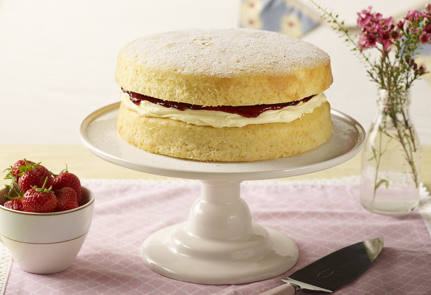Betty Crocker Victoria Sponge Cake